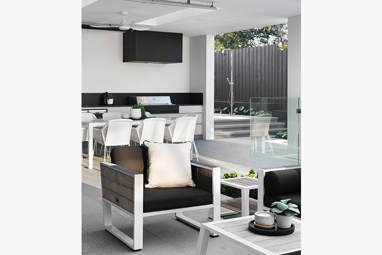 Melbourne Display home outdor Entertainment BBQ